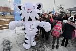 Olympijský festival u Ostravar Arény, 9. února 2018 v Ostravě. Maskot bílý tygr Soohorang.
