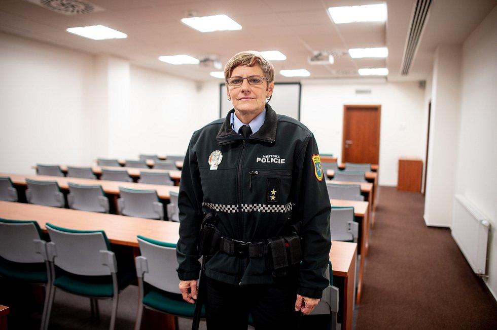 Ostravská strážnice Karin Mazzolini.