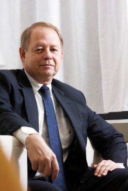 Generální ředitel společnosti Real Estate Tony Aksich.