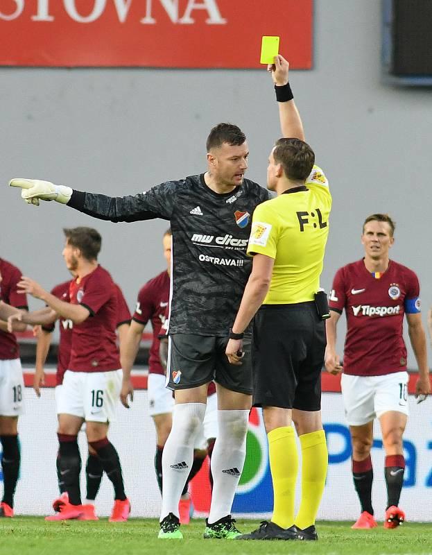 Brankář Baníku Jan Laštůvka - FORTUNA:LIGA - Skupina o titul - 2. kolo, AC Sparta Praha - FC Baník Ostrava, 23. června 2020 v Praze.
