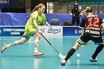 Pohár mistrů ve florbalu, o 3. místo (ženy): 1. SC Vítkovice - SB-Pro Nurmijarvi, 12. ledna 2020 v Ostravě. Na snímku (zleva) Ivana Šupáková a Heidi Lirkki.