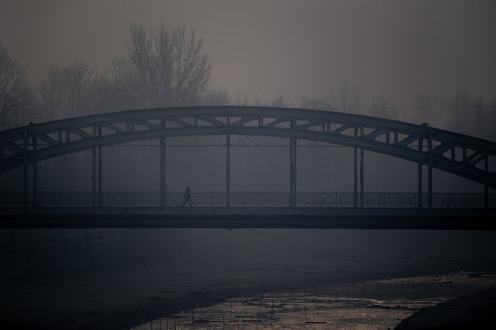 Smogová situace v Ostravě, 17. ledna 2020. Ilustrační foto.