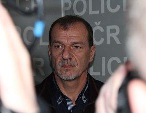 """""""Nebudeme se zajímat o zdroj anonymní informace,"""" garantoval kriminalista Josef Kubánek, který se případu věnuje 18 let."""