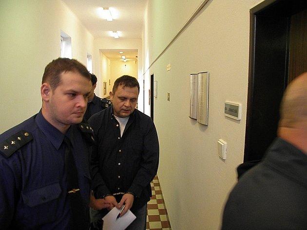 Za ubití družky byl Robert Pešat odsouzen ke čtrnácti rokům vězení.