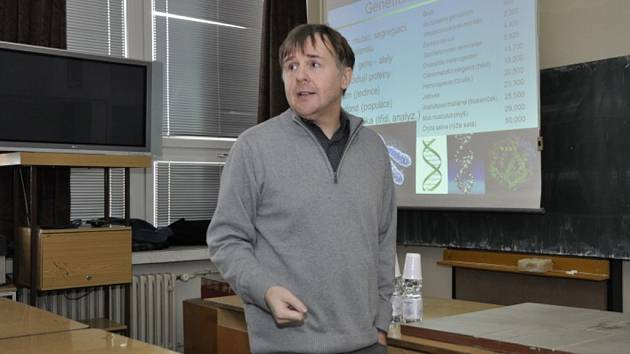Pavel Drozd, prorektor Ostravské univerzity pro vědu a tvůrčí činnost.