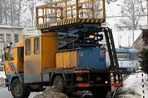Po pátečním technickém zásahu Dopravního podniku Ostrava už by řidiči tramvají na lince číslo pět neměli být nuceni zastavovat na čidle zabezpečovacího zařízení.