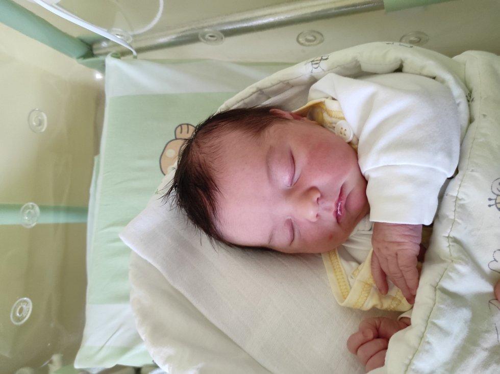 Viktorie Kolková, Ostrava narozena 18. dubna 2021 ve Frýdku-Místku míra 49 cm, váha 3300 g. Foto: Jana Březinová