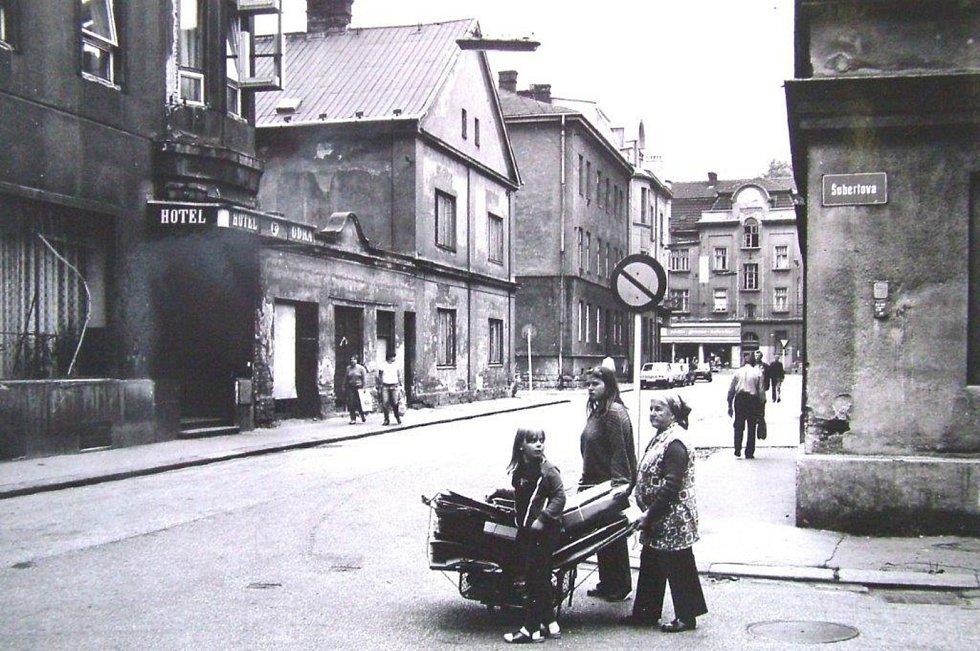 Historický snímek Stodolní