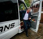 Debata v rámci projektu Deník-bus s volebními lídry za Moravskoslezský kraj. Na snímku Ivo Vondrák, ANO