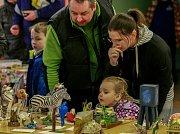 Výstava papírových modelů na základní škole B. Dvorského v Ostravě-Bělském Lese.