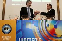 Mistrovství světa ve florbale žen 2013 – losování.