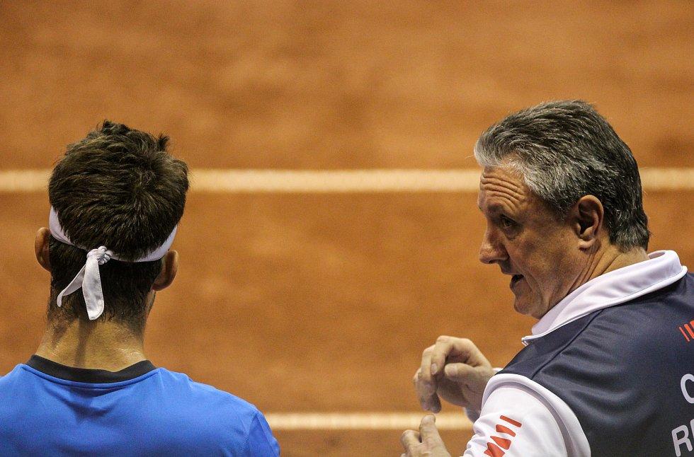 Davis Cup 2018 v Ostravě - Česko vs. Izrael, vlevo Jiří Veselý, vpravo Jaroslav Navrátil