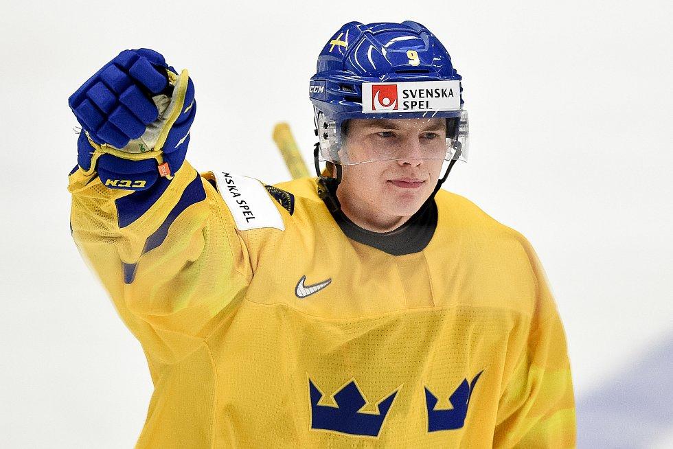 Mistrovství světa hokejistů do 20 let, čtvrtfinále: ČR - Švédsko, 2. ledna 2020 v Ostravě. Na snímku Victor Soderstrom.