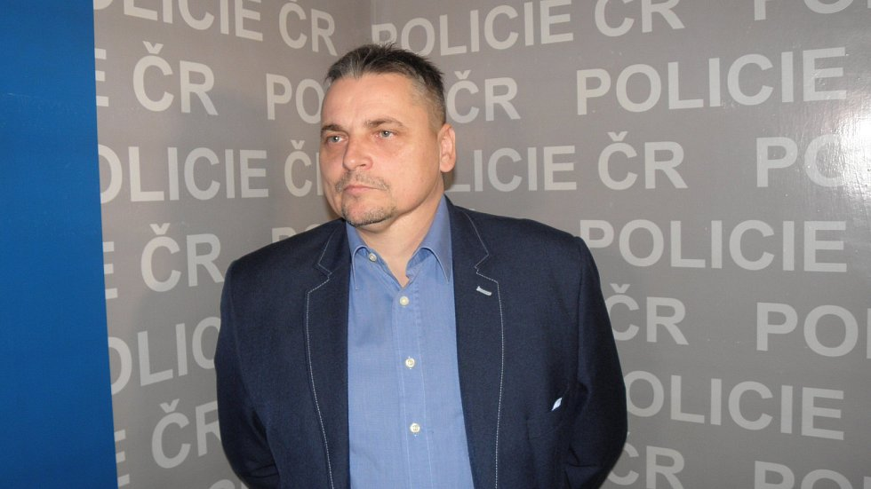 Kriminalista Vladimír Zetek informoval o dopadení podvodníků.