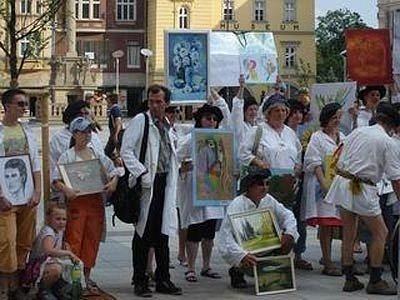 Průvod malířů centrem Ostravy