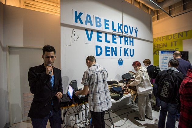 Druhý ročník Kabelkového veletrh Deníku 13.listopadu 2015vOC Forum Nová Karolina.