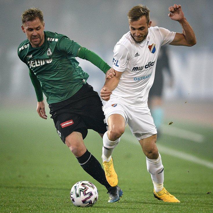 Utkání 22. kola první fotbalové ligy: Baník Ostrava - FK Jablonec, 24. února 2020 v Ostravě. Zleva Tomáš Hubschman z Jablonce a Nemanja Kuzmanovič z Ostravy.