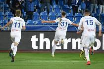 Čtvrtfinále fotbalového poháru MOL Cupu: FC Baník Ostrava - FC Slovan Liberec, 3. dubna 2019 v Ostravě. Na snímku radost Baníku (Kuzmanovič Nemanja, Ondřej Šašinka a Patrizio Stronati).