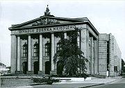 Finální podoba divadla po rekonstrukci v roce 1971.