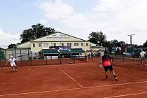 Dvaadvacátý ročník tenisového turnaje ve čtyřhře Manager Cup vyhrála dvojce Stolařík- Stříbrný. Tenis Centrum Opava Foto: Aleš Krecl