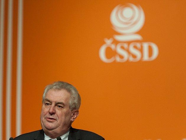 Prezident Miloš Zeman na 37. sjezdu ČSSD v multifunkční aule Gong v Ostravě