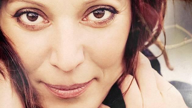 Szidi Tobias, herečka a šansoniérka.