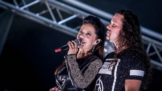 Lucie Bílá s Arakainem, festival HradyCZ 2017, Kunětická hora.