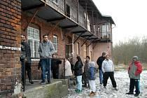 Setkání, na které zástupci radnice Mariánských Hor a Hulvák nedorazili, vzbudilo mezi obyvateli sociálně vyloučené lokality zájem.