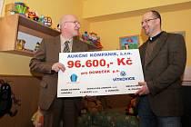 Dětské centrum Domeček získalo peníze z dražby