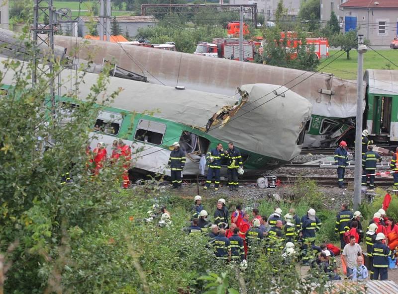 Záběr z železničního neštěstí ve Studénce