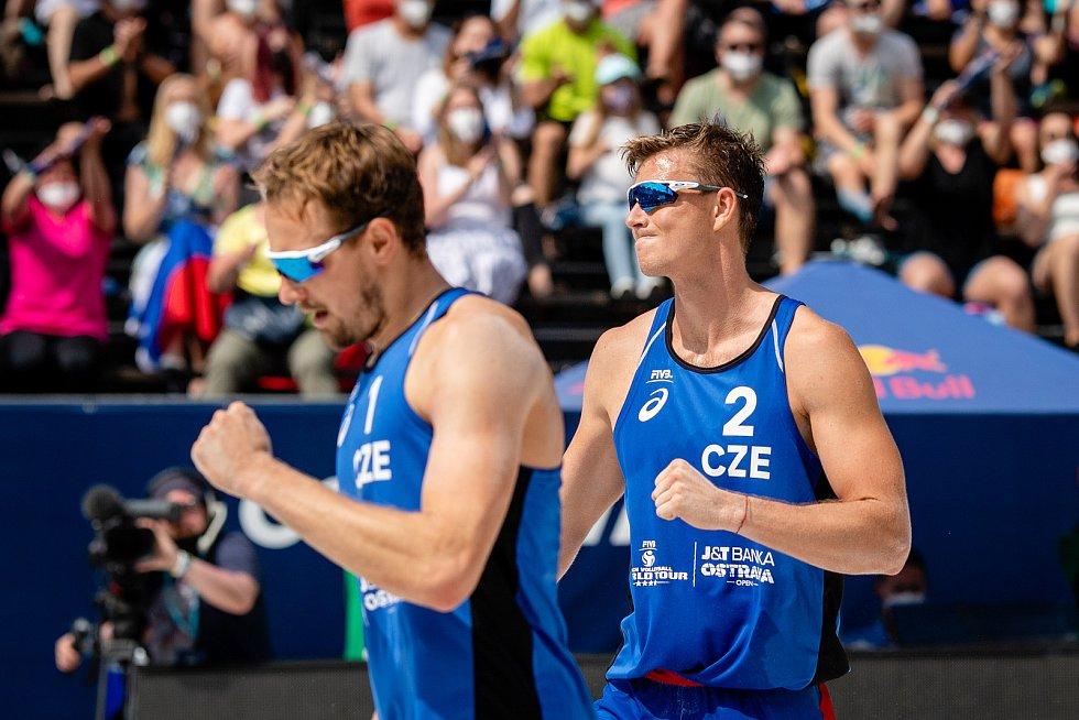 J&T Banka Ostrava Beach Open, 5. června 2021 v Ostravě. Ondřej Perušič (CZE) a David Schweiner (CZE).