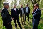 Politická  reprezentace zavítala i na prohlídku další ekologické zátěže - Trojického údolí.