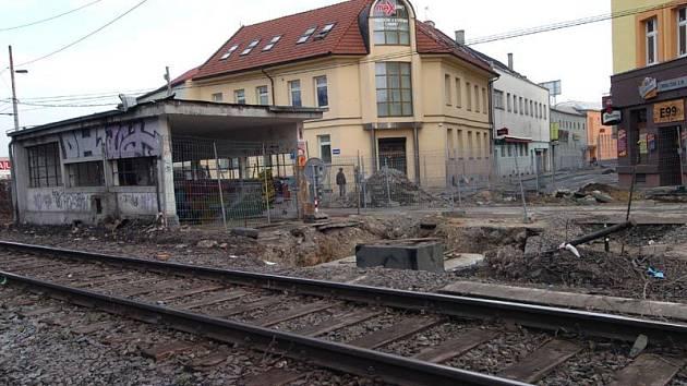 Na konci Stodolní ulice vyrůstá nová železniční zastávka Ostrava-město