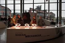 Velký svět techniky v Ostravě a první den ostrého provozu.