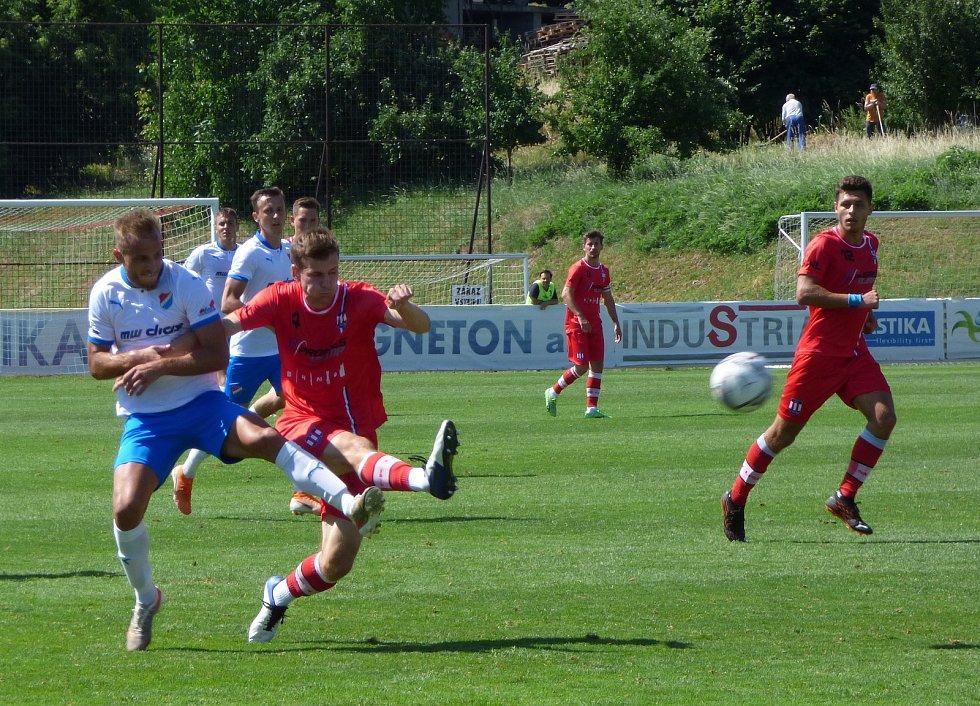 Fotbalisté Baníku Ostrava porazili v předposledním přípravném utkání druholigovou Líšeň 2:0.