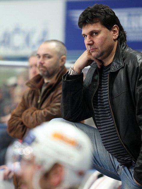 Trenér Slavie Vladimír Růžička.