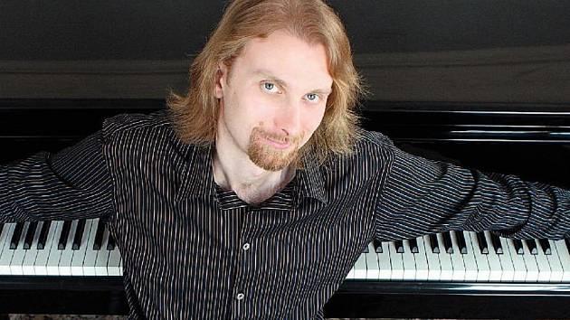 Ivo Kahánek se představí v příštím roce na mezinárodním hudebním festivalu Janáčkův máj.
