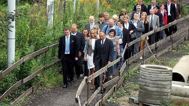 Ministr dopravy Vít Bárta dorazil do Ostravy v minulosti hned dvakrát v krátké době po sobě. Osobně si chtěl prohlédnout ty dopravní stavby, jejichž zastavení v té době zvažoval.