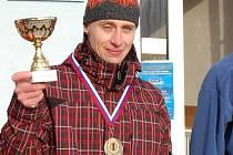Václav Bitala zvítězil ve třiatřicátém ročníku Štěpánského běhu Porubou a zároveň triumfoval v Moravském běžeckém poháru 2010.