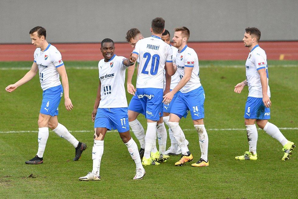 Utkání 23. kola první fotbalové ligy: FC Baník Ostrava – 1. FK Příbram, 13. března 2021 v Ostravě. (střed) Nsungani Gigli Ndefe z Ostravy oslavuje gól.