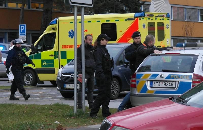 Situace po střelbě v ostravské fakultní nemocnici, úterý 10. prosince 2019.