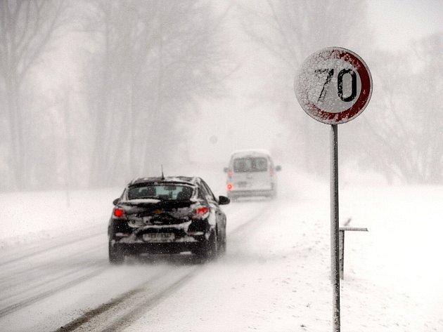 Sněhová kalamita zasáhla Moravskoslezský kraj na Boží hod velikonoční.