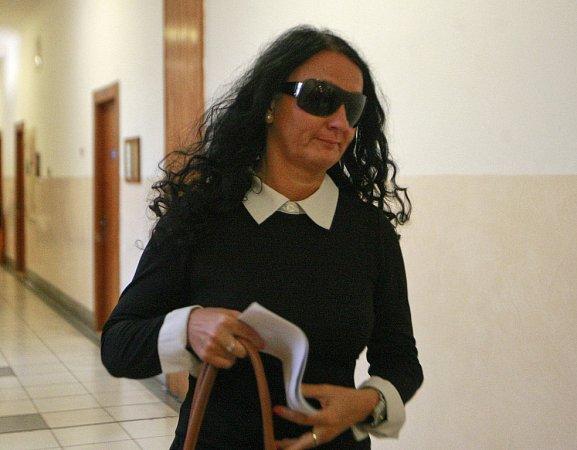Soud sPetrem Kramným. Na fotografii svědkyně Dana Zaťková