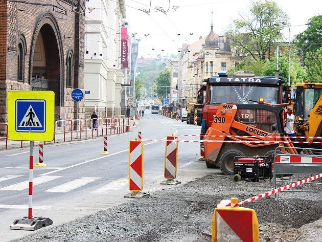 Rekonstrukce Českobratrské, květen 2017.