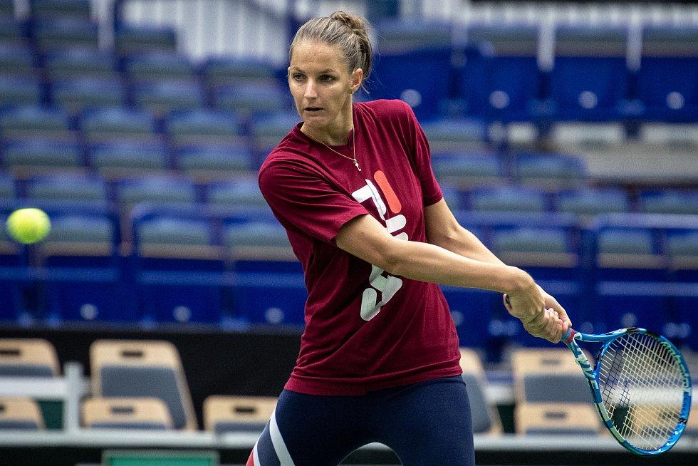 Karolína Plíšková na tréninku českých tenistek před utkáním 1. kola Světové skupiny Fed Cupu proti Rumunsku, 6. února 2019 v Ostravě.