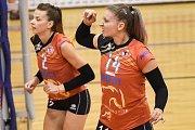 Volejbal, ženy - Ostrava – Frýdek-Místek, 17. října 2018 v Ostravě. Na snímku (zleva) Simona Lukáčová a Kateřina Zemanová.