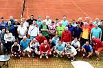 """21. ROČNÍK MANAGER CUPU se vůbec poprvé odehrál v areálu Tenis Centra Opava, kde se všem úspěšným manažerům, podnikatelům, bývalým sportovcům nebo politikům moc líbilo. """"Prostředí i celková atmosféra turnaje byla zase skvělá,"""" uvedl hlavní organizátor tur"""