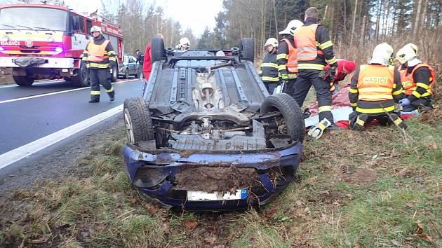 Dopravní nehoda v Široké Nivě.