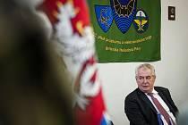 Prezident Miloš Zeman při návštěvě Jaselských kasáren v Opavě.