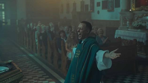 Z filmu Corpus Christi.